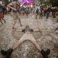 """""""Bliuzo naktų"""" organizatorius: festivalio headlineris Sugaray tik per plauką neliko Lietuvoje"""